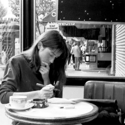 woman-cafe