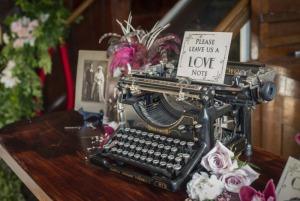 romance typewriter